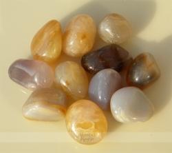 Agatų akmenėliai