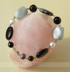 Amazonito, rubino su zoisitu, onikso ir perlų apyrankė ŽALSVA-JU