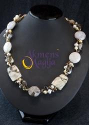Jaspio, dūminio kvarco ir perlų vėrinys NATALIJA