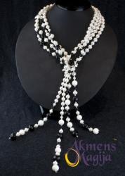 Perlų, koralų ir onikso vėrinys ODILIJA